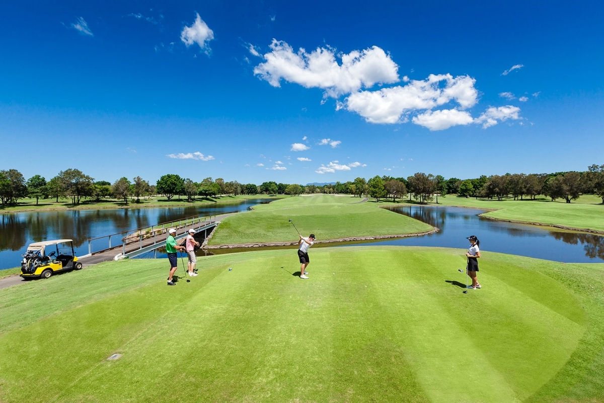 RACV ROYAL PINES GOLF DEALS & STAY AND PLAY PACKAGES